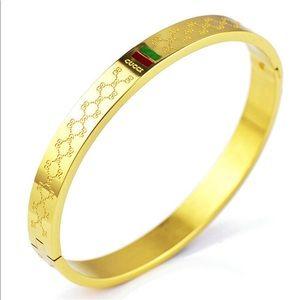 Gold Gucci Bangle